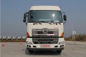 广汽日野 700系列重卡 380马力 6X4 牵引车(轻量化)
