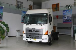 广汽日野 700系列重卡 380马力 4X2 牵引车(YC4180SH2PE4)