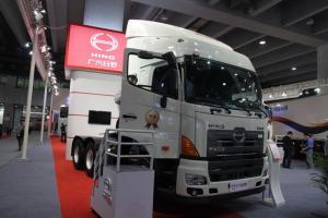 广汽日野 700系列重卡 350马力 6X4 牵引车(YC4250SS2PK4)