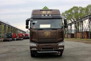 一汽解放 J6P重卡 领航危化版 460马力 6X4牵引车(CA4250P66K24T1A1E4)