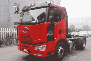 一汽解放 J6M准重卡 320马力 4X2牵引车(CA4180P63K2E4)