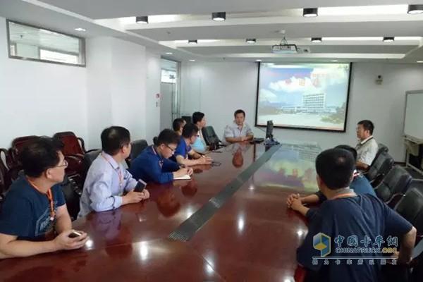 华能大连电厂工会一行到道依茨一汽大柴公司劳模创新工作室进行参观交流
