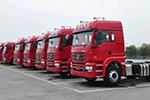 新M3000 6×4牵引车 自重行业同类产品最轻