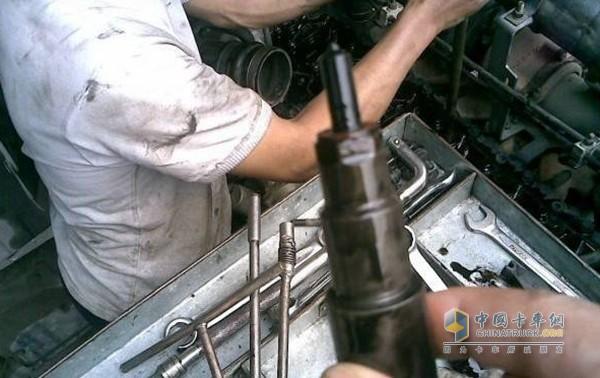燃油滤清器堵塞