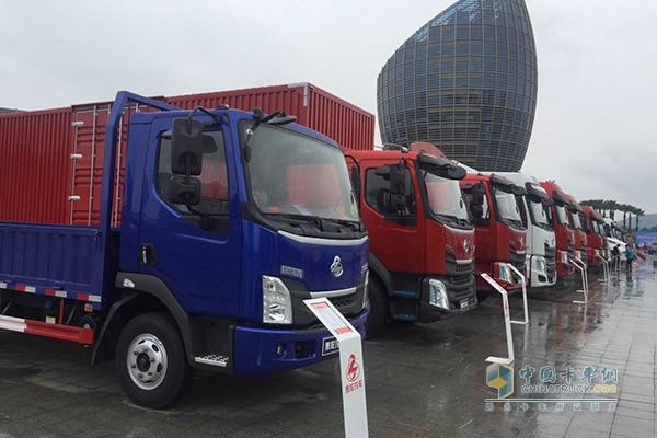 东风柳汽车型展示
