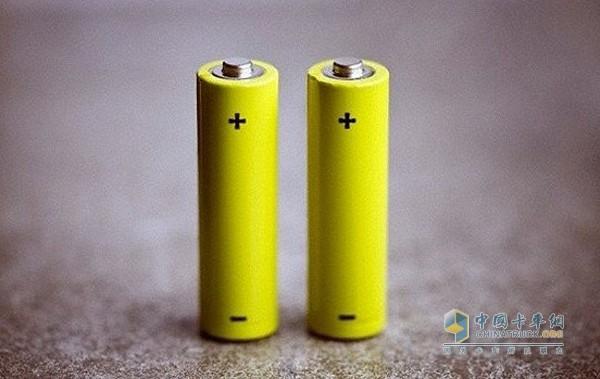 锂电池产业链投资悄然转向三元材料