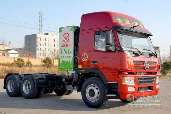 大运重卡N8 LNG牵引车