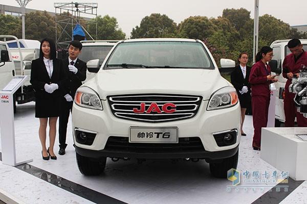 江淮汽车奔赴上海车展前的热身 卡友们的养眼时间到!