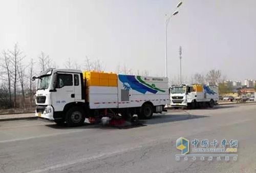 中国重汽T5G洗扫车
