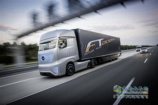 奔驰未来卡车2025可实现自动驾驶