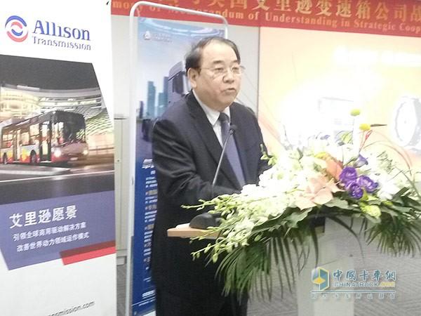 中国重汽董事长马纯济