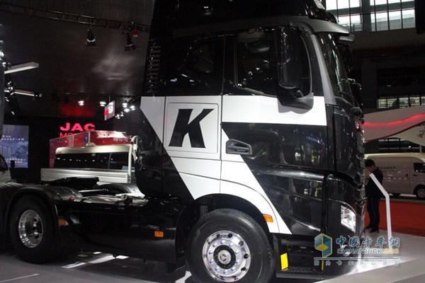 格尔发K7是江淮重卡一款定位中高端市场的产品,看点极多