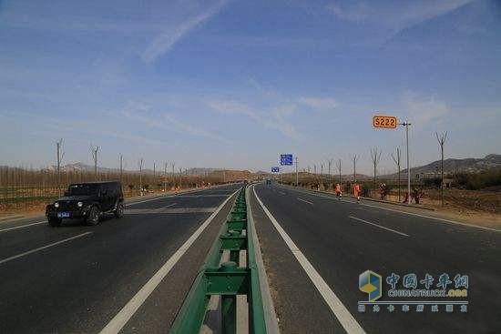 日照:10项公路重点项目全面推进