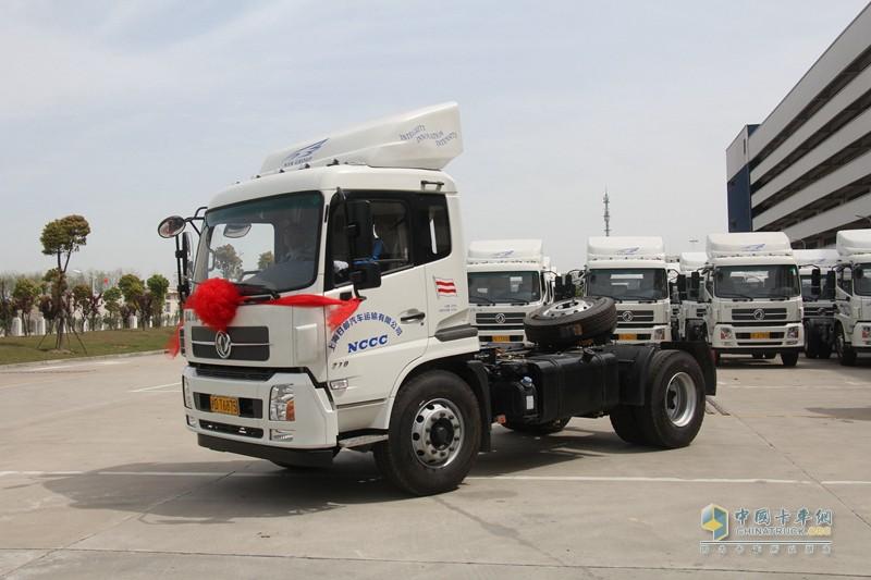 本次交付的东风天锦4x2牵引车是一款非常成熟且贴合轿运企业实际需求的产品