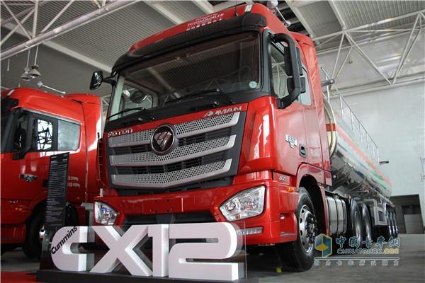 欧曼EST超级卡车相比竞品油耗降低了5-10%