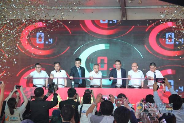 2017中国重汽曼技术产品实况挑战赛首站成都完美落幕