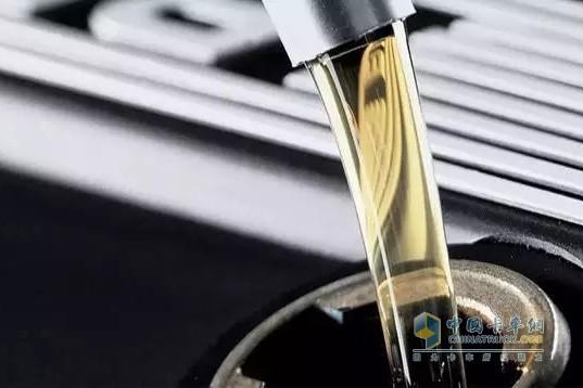 弄懂这5件事情 就能知道夏季该添加哪种机油