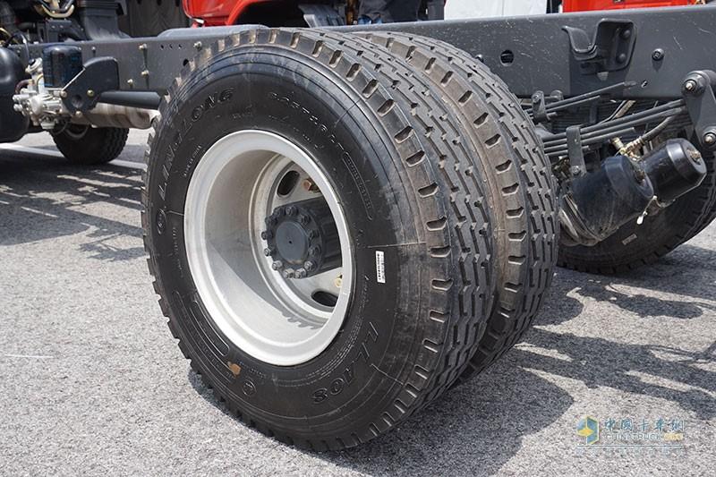 乘龙L3轮胎