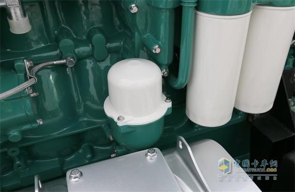 配备了超长换油里程和超强过滤系统