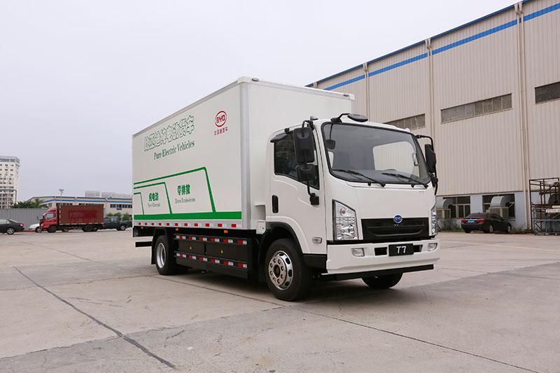 比亚迪 T7 4×2 轴距4250mm 载货车