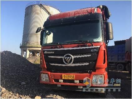 胡建的搭载福田康明斯ISG发动机的自卸卡车