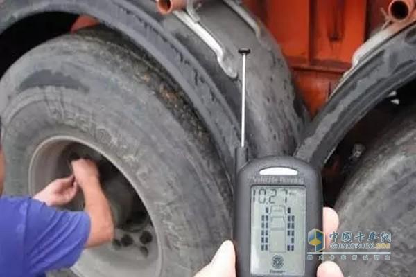 胎压太高也会影响轮胎寿命