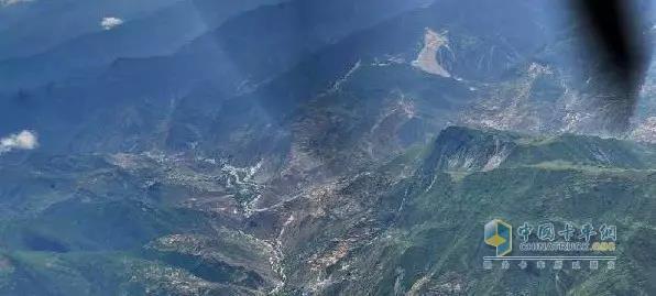 航拍九寨沟地震灾区
