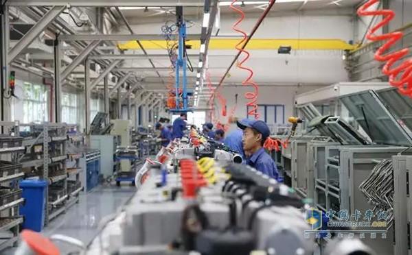 潍柴天然气发动机生产线