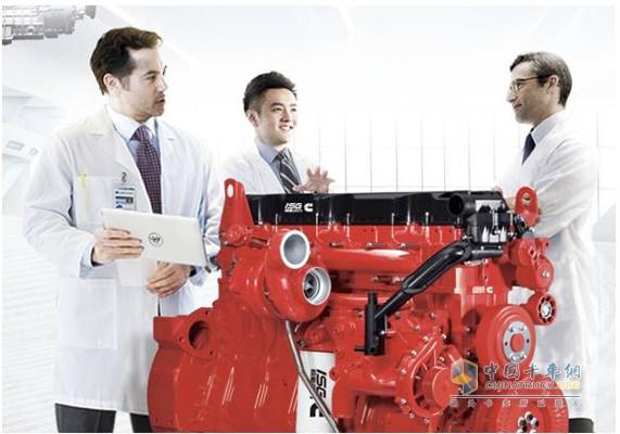 康明斯全新一代的ISG发动机和科研人员