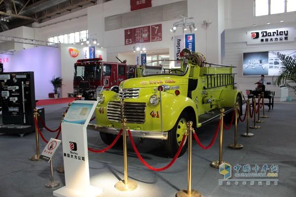 一台1941年的美国大力消防车