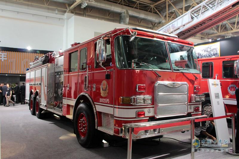 美国大力消防车