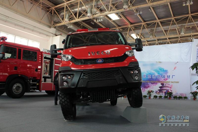 依维柯New Daily 越野消防车