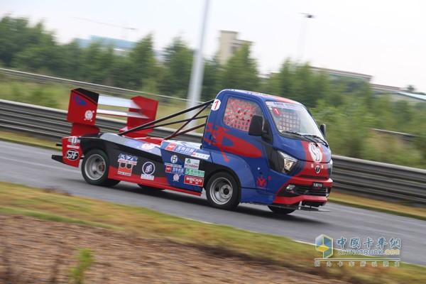 飞碟缔途参加2017中国卡车公开赛