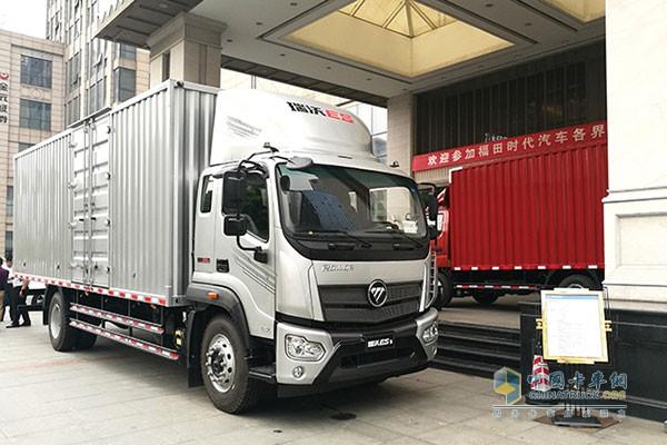 瑞沃ES超级卡车