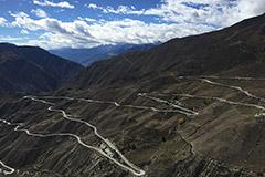 10月13日中国重汽品质鉴证之旅-挑战72拐