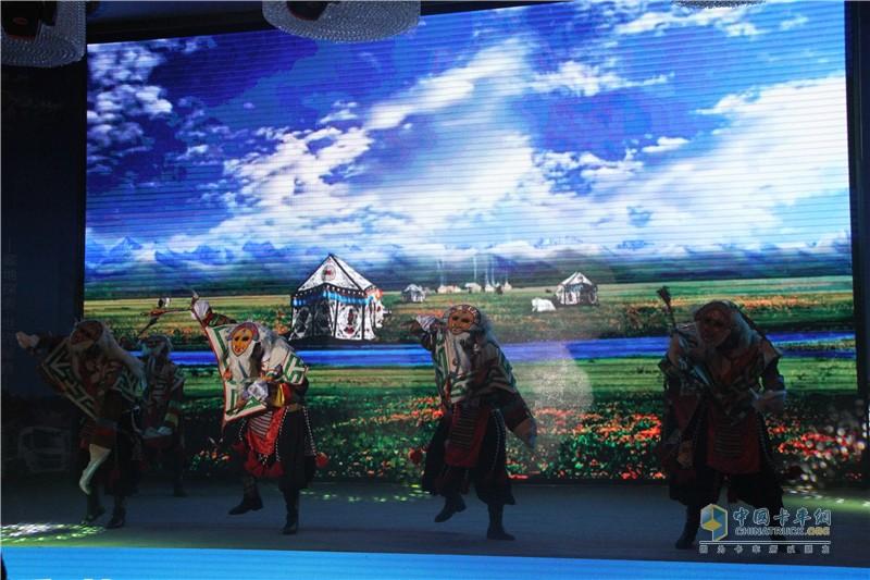 中国重汽品质见证之旅颁奖晚宴助兴舞蹈