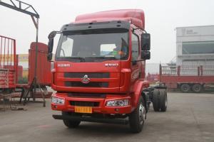 东风柳汽 乘龙M3中卡 180马力 4X2 6.8米排半仓栅载货车底盘(LZ1166M3ABT)