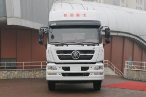 中国重汽 斯太尔D7B重卡 430马力 6X4 LNG牵引车