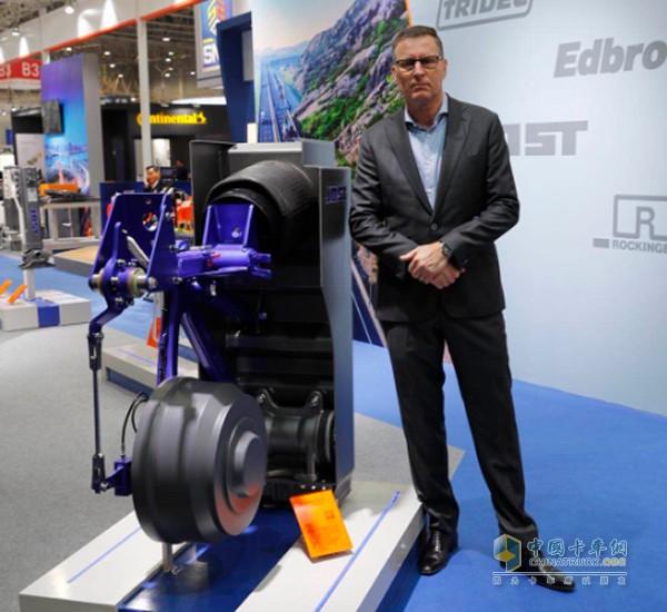 约斯特旗下TRIDEC品牌总裁 Frans Lipman