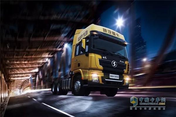 陕汽德龙X3000重型牵引卡车