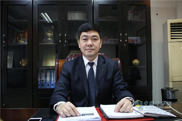 阜阳市江淮汽车销售服务有限公司总经理蔡爱光