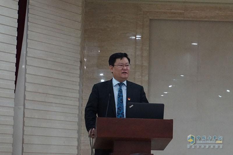 北京环卫集团副总经理、新闻发言人罗伟