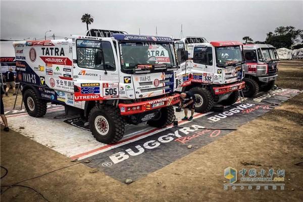 零公里润滑油-Buggyra车队亮相达喀尔