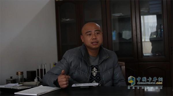 安徽阜阳林宝商贸车队驾驶员王嘎子