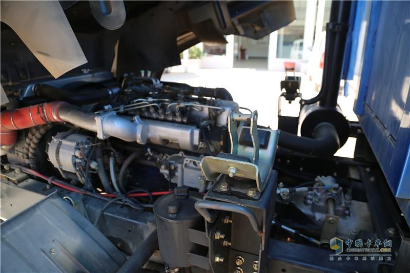 时骏D530发动机