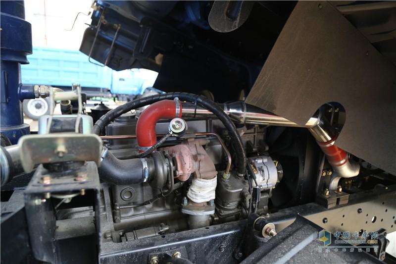 时骏D550发动机