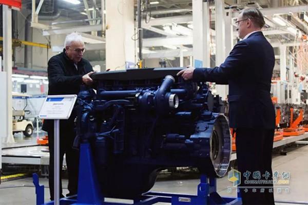 利勃海尔和KAMAZ完成了新型发动机的研发