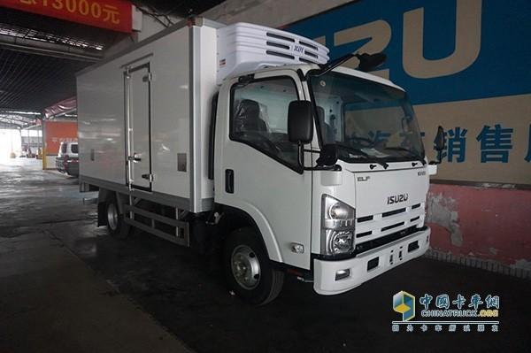 庆铃KV600轻型卡车