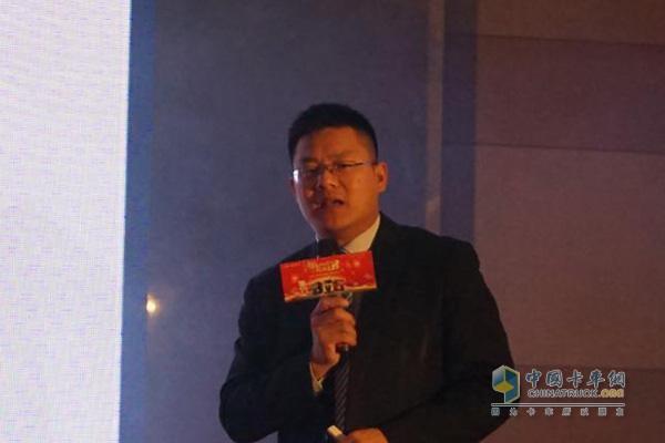 中国重汽商用车销售部江苏汕德卡项目组负责人朱兴群