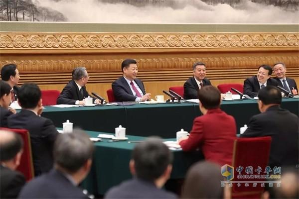 中共中央总书记、国家主席、中央军委主席习近平参加山东代表团的审议